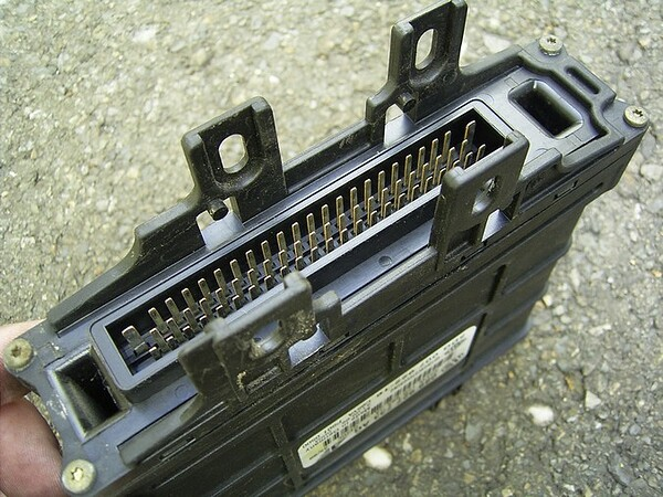 AG4-Getriebesteuergerät 07.jpg
